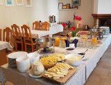 Pusryčių stalas
